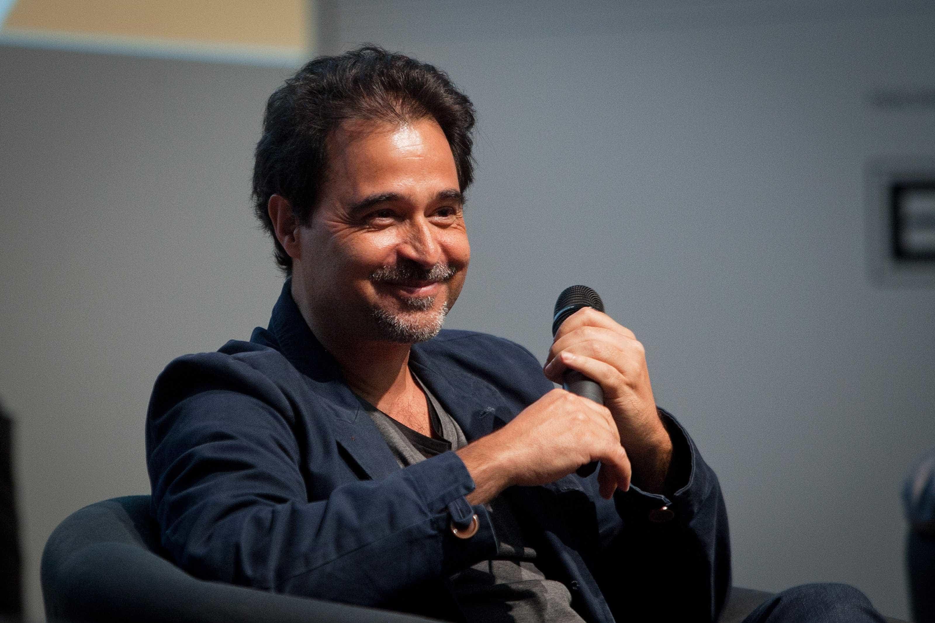 Produtora brasileira reúne Agualusa e Barahona no filme 'Náufragos'
