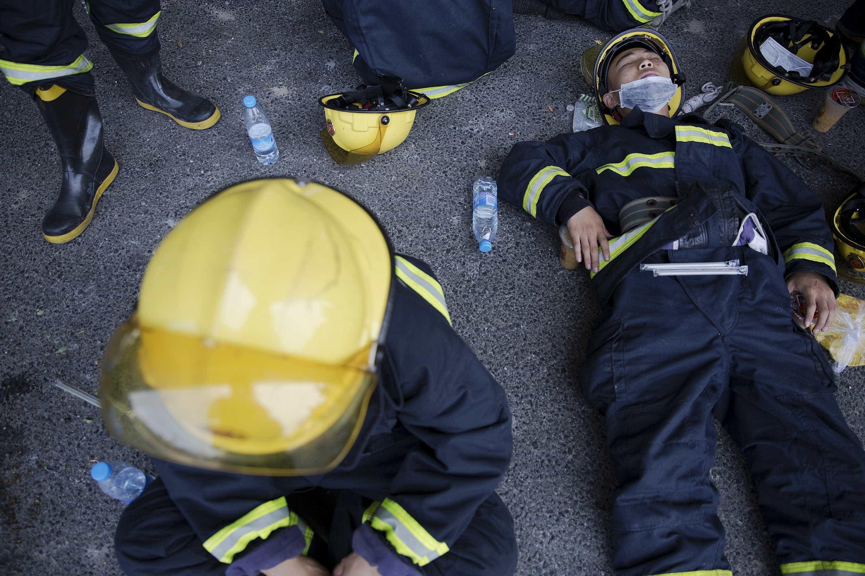 26 bombeiros morreram a combater incêndio numa zona montanhosa da China