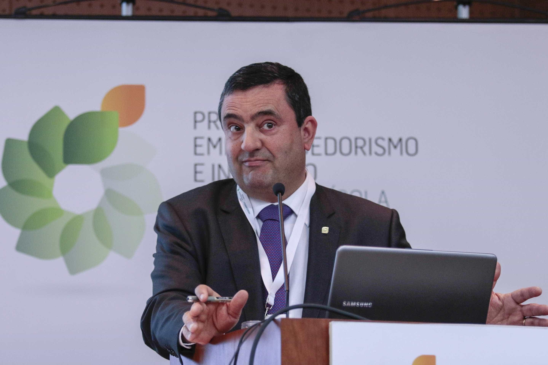 Licínio Pina recandidata-se à liderança do Banco Crédito Agrícola