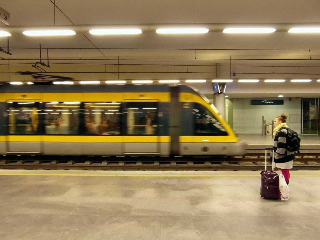 "PCP questiona Governo sobre ""incidente"" no Metro do Porto"