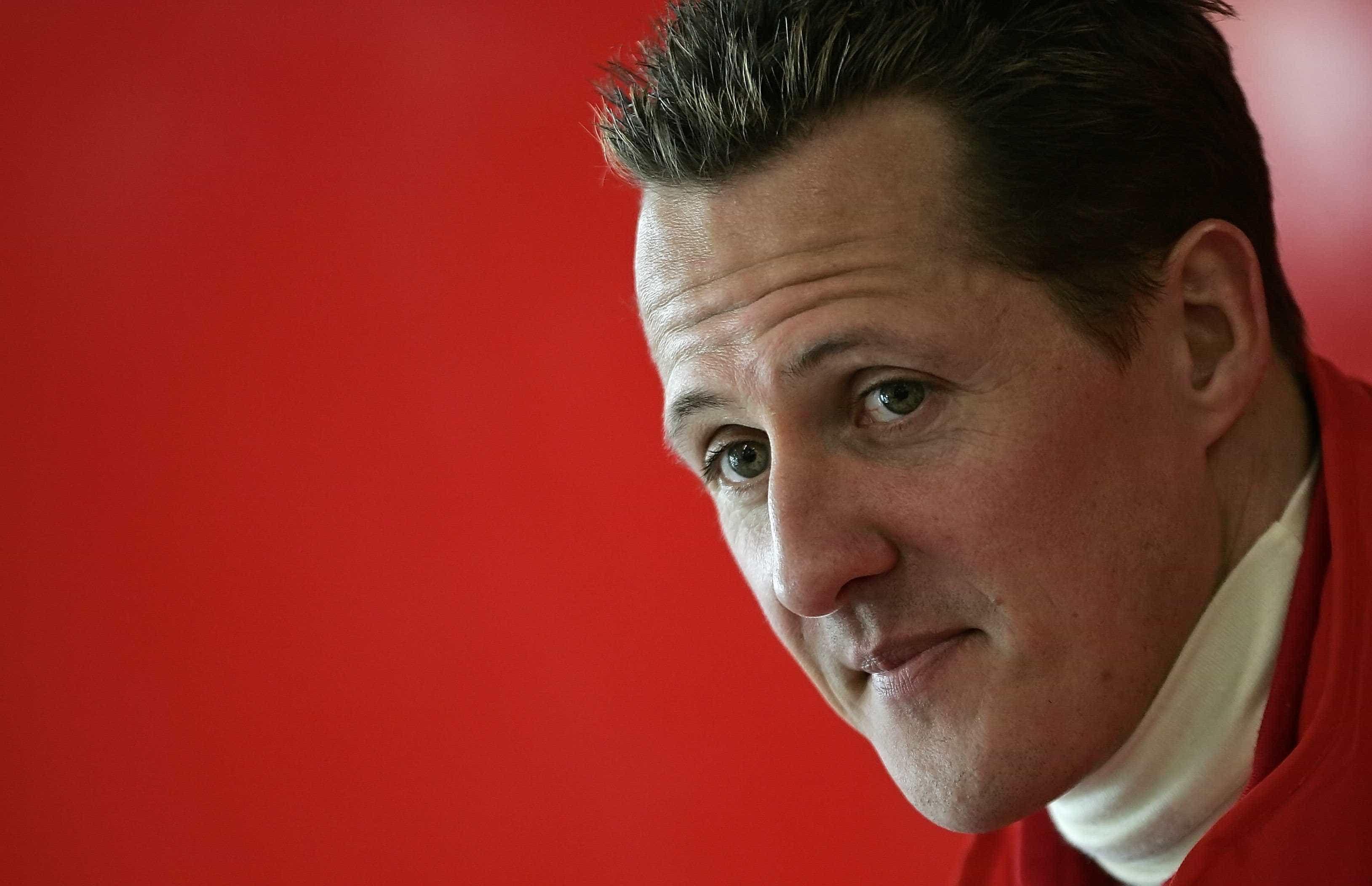 Mulher de Michael Schumacher deixa 'promessa' aos fãs do piloto