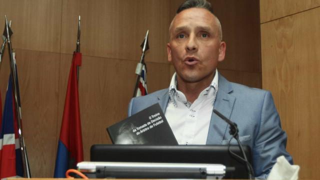 """Pedro Henriques reage a acusações de Salvador: """"Nada esteve escondido"""""""