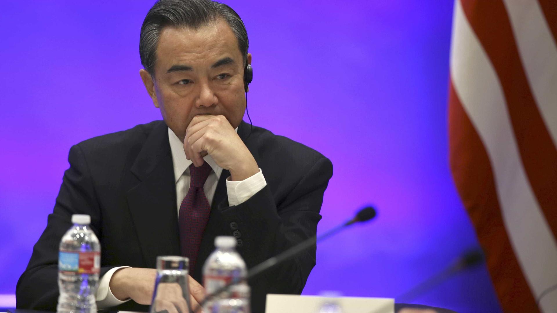 """Afeganistão: China pede à Rússia, Irão e Paquistão que tenham """"voz comum"""""""