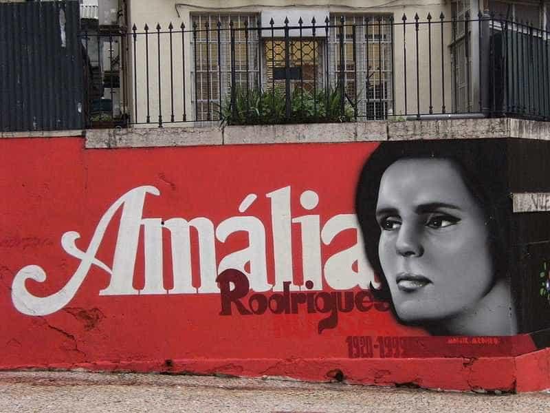 Governo cria grupo de trabalho para comemorações do centenário de Amália