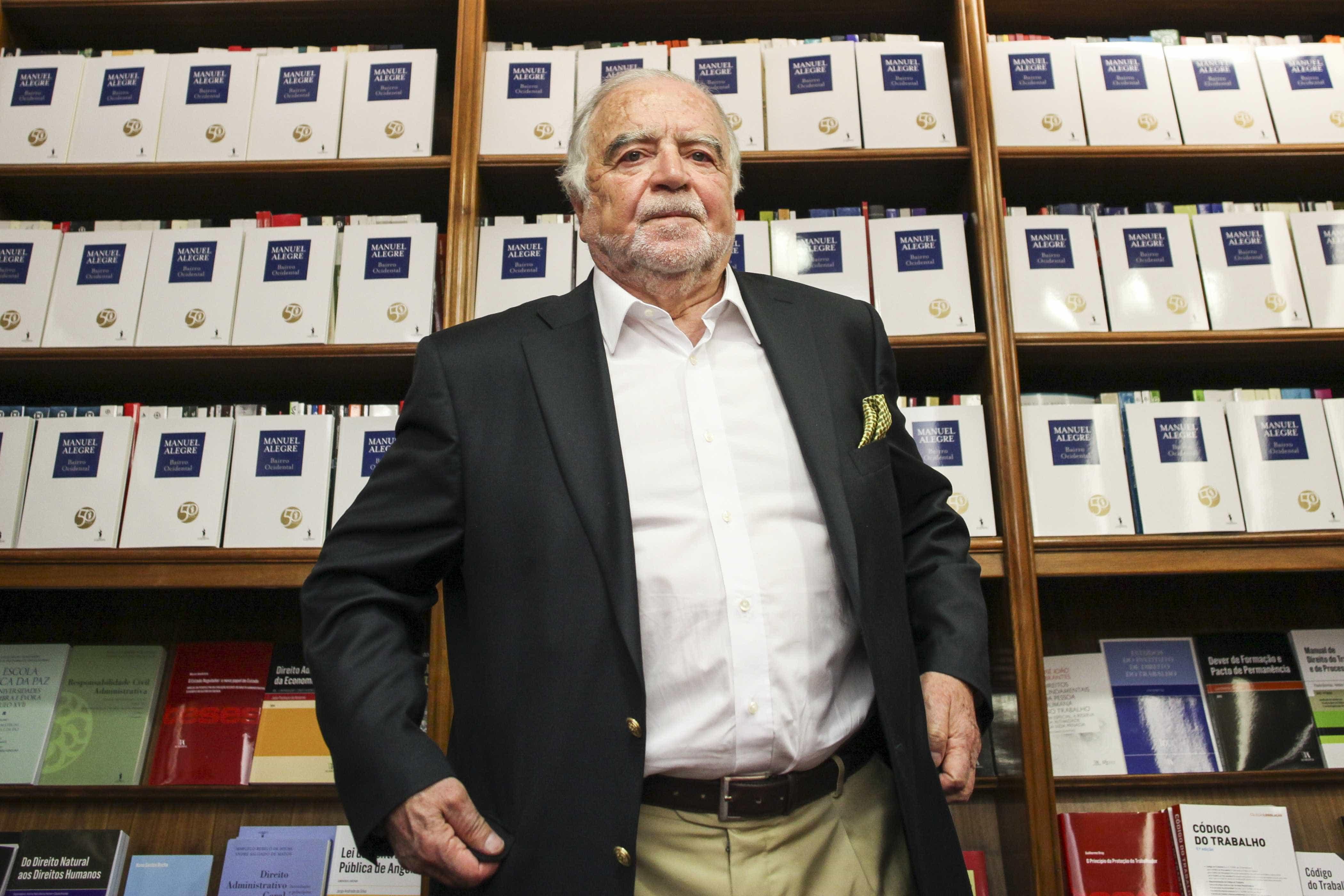 """Manuel Alegre realça """"qualidade literária"""" da obra 'Torto Arado'"""