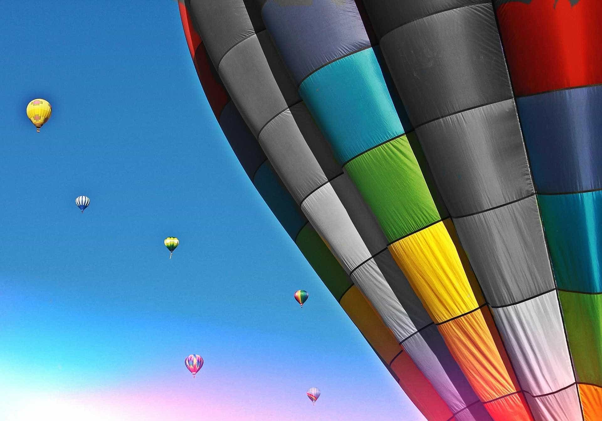 Lisboa acolhe viagens de balão de ar quente gratuitas