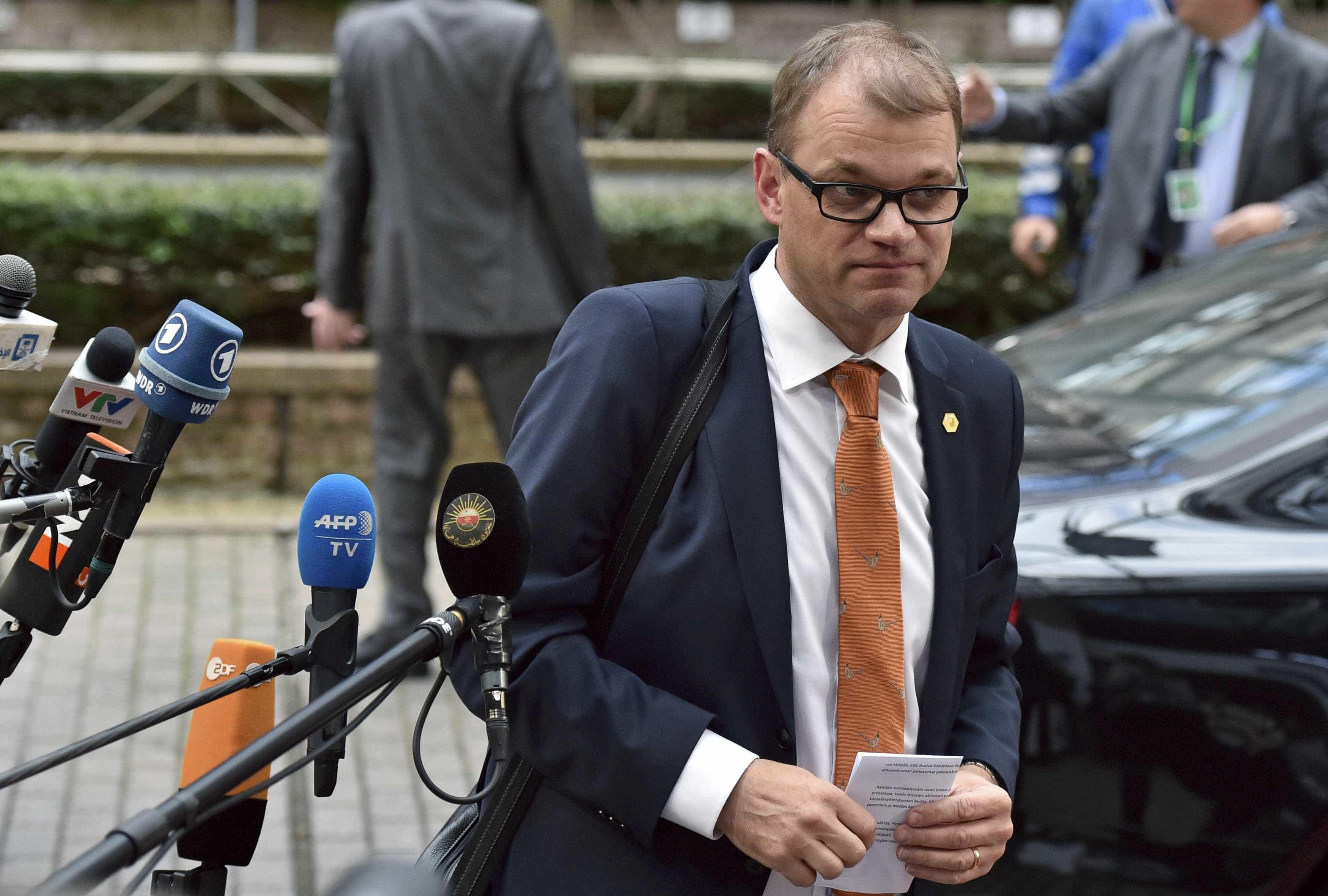 Primeiro-ministro finlandês apresentou demissão do seu Governo