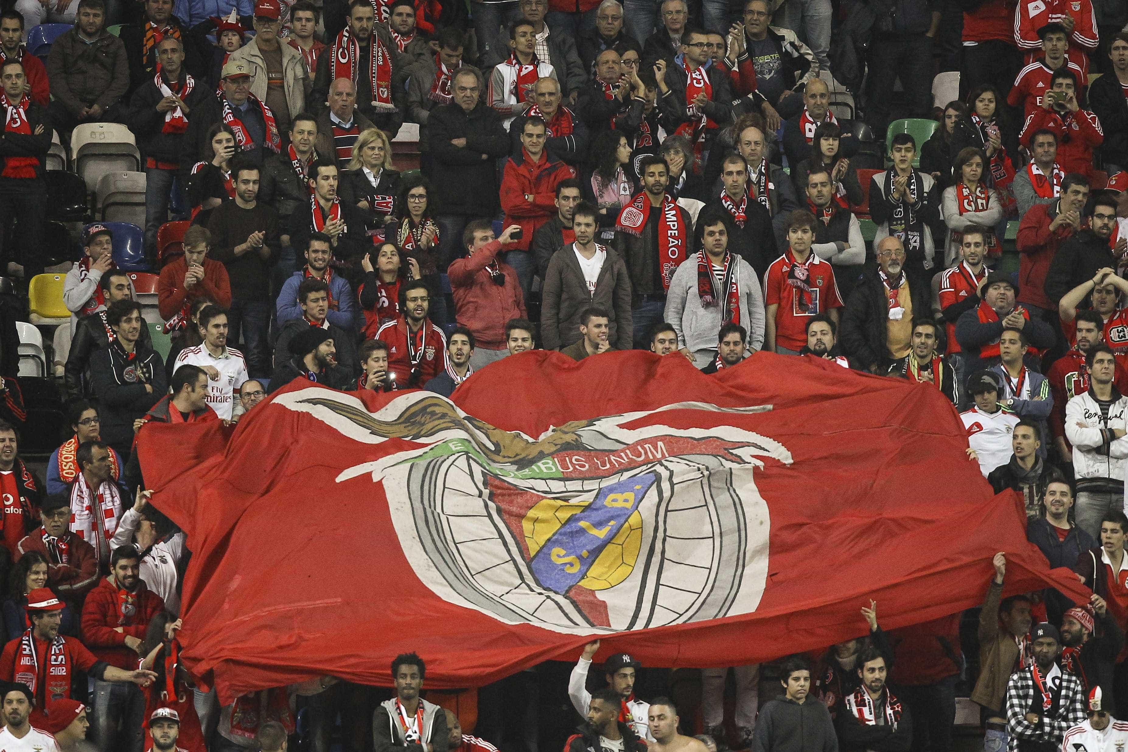 Benfica suspende venda de bilhetes para o Clássico
