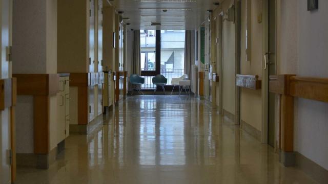 Detetadas barreiras no acesso a aborto legal em três hospitais do SNS