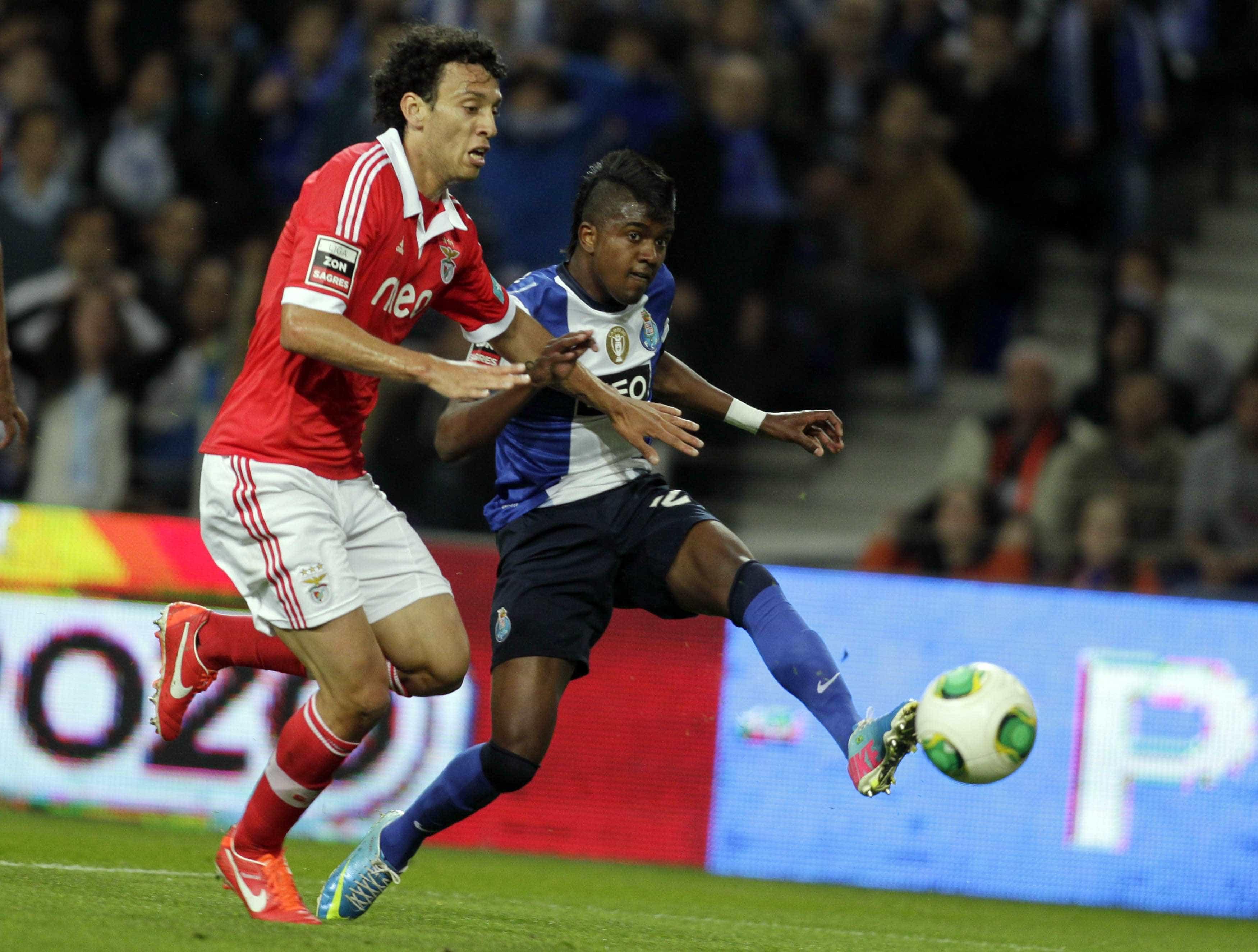Oficial: FC Porto rescinde contrato com Kelvin