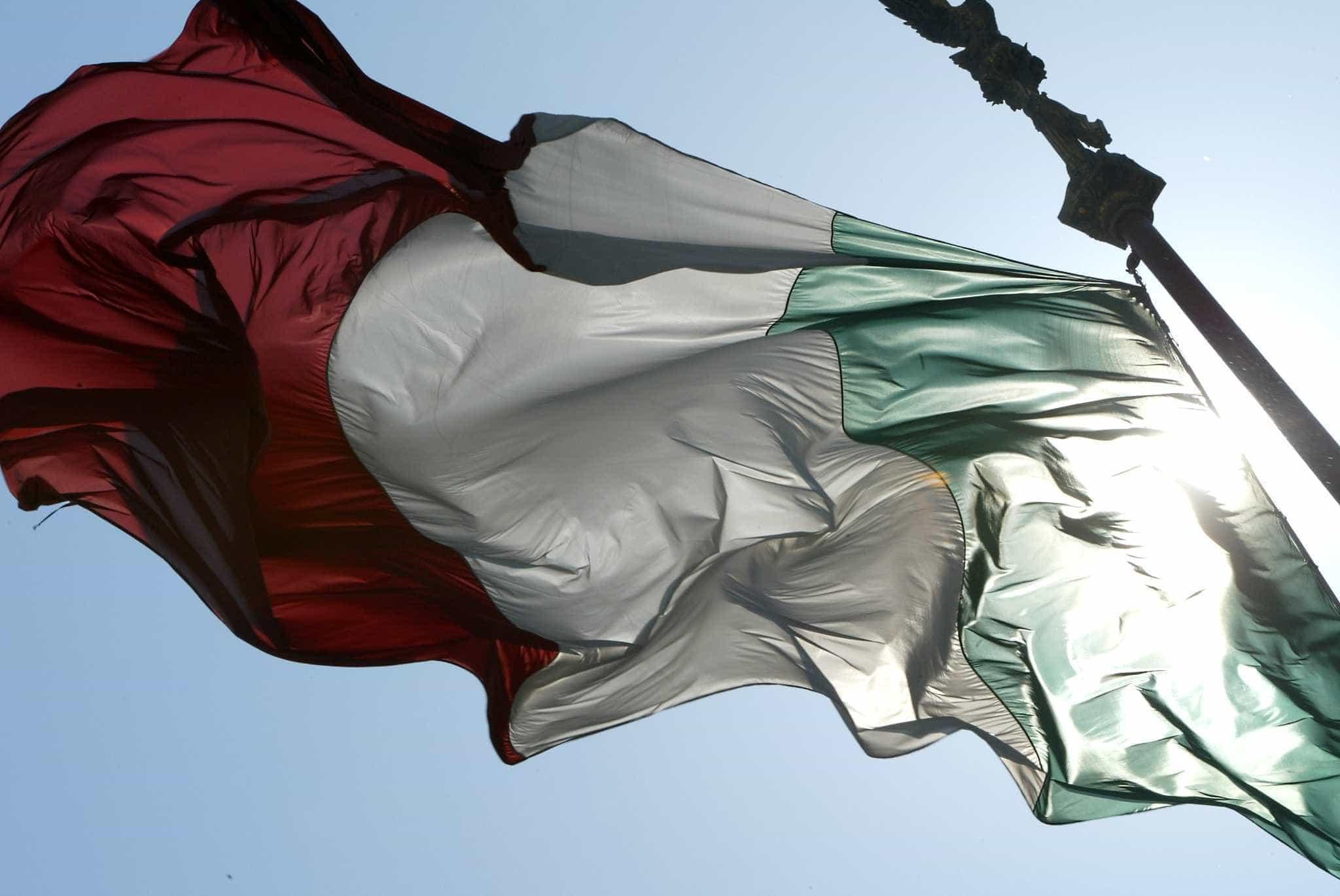 Itália tem até terça-feira para apresentar um novo orçamento