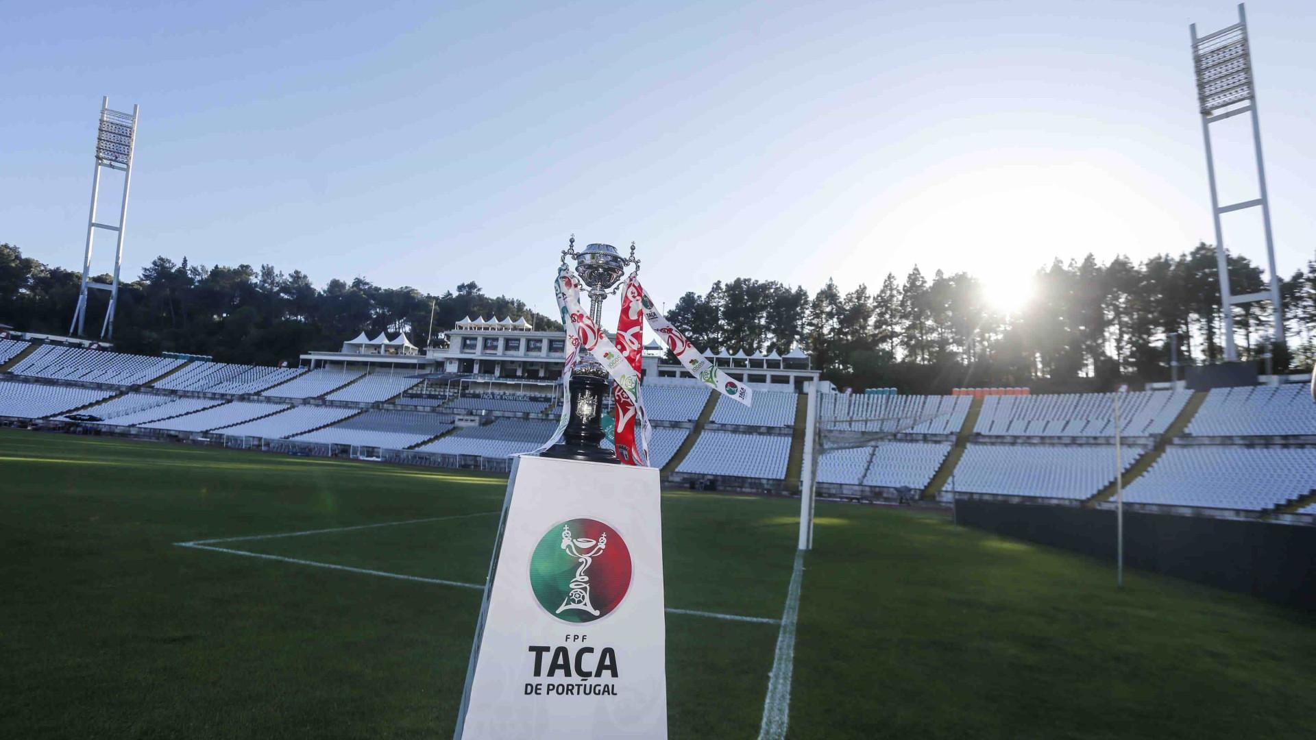 FC Porto 'falha' treino no Jamor; Sporting sobe ao relvado terça-feira