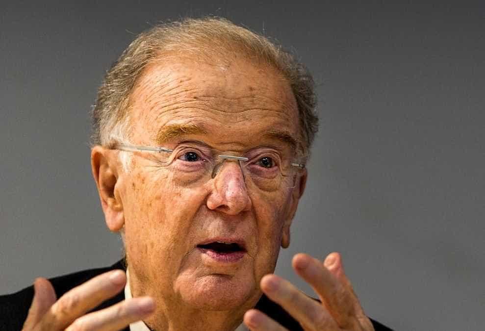 """A """"revolução tranquila"""", a crise e a reforma urgente, segundo Sampaio"""