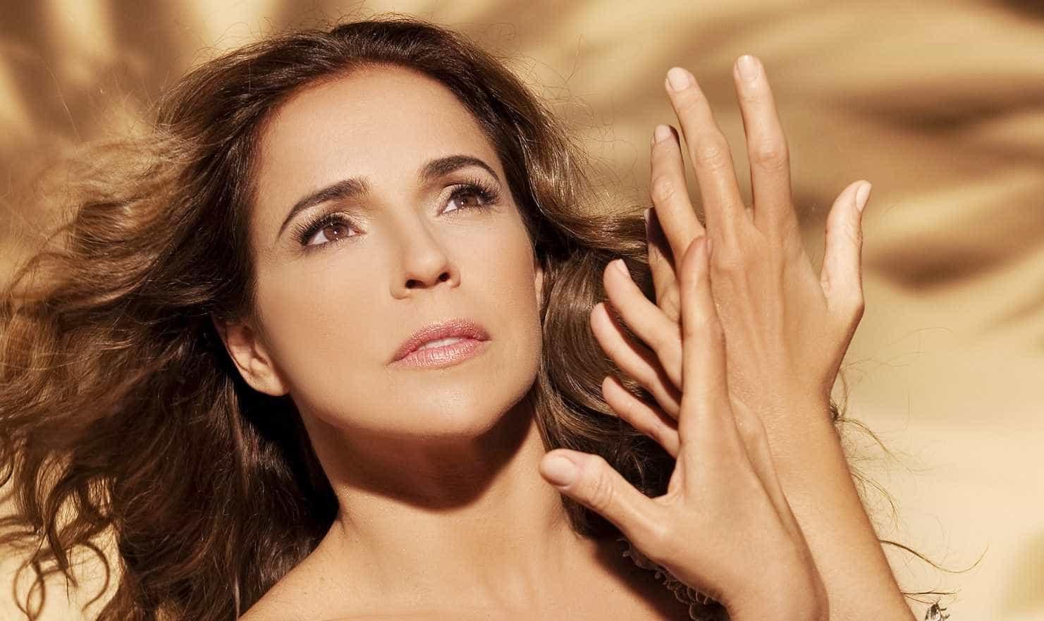 "Daniela Mercury adia compromissos profissionais por ""respeito"" a Boechat"