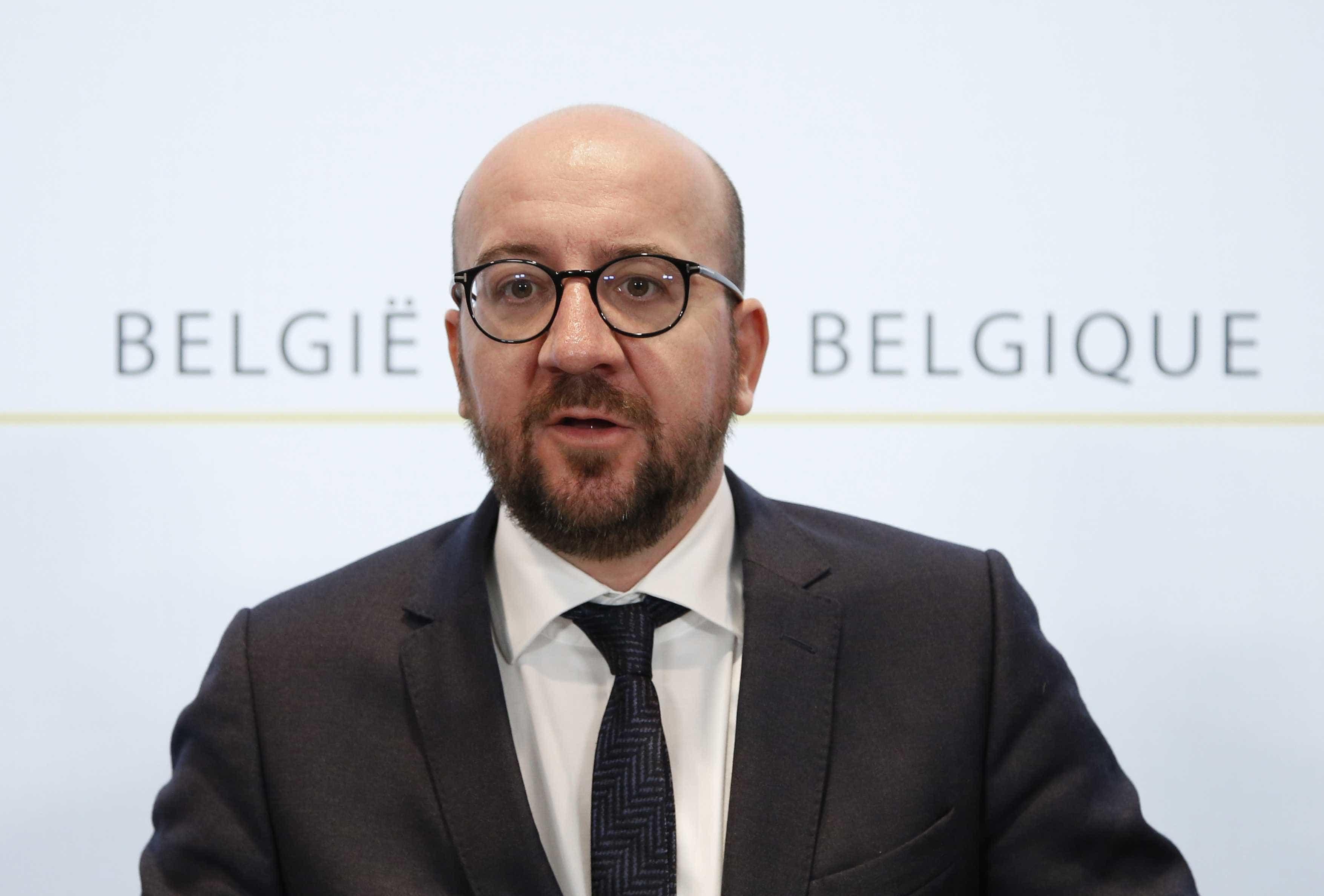 Primeiro-ministro belga anuncia demissão