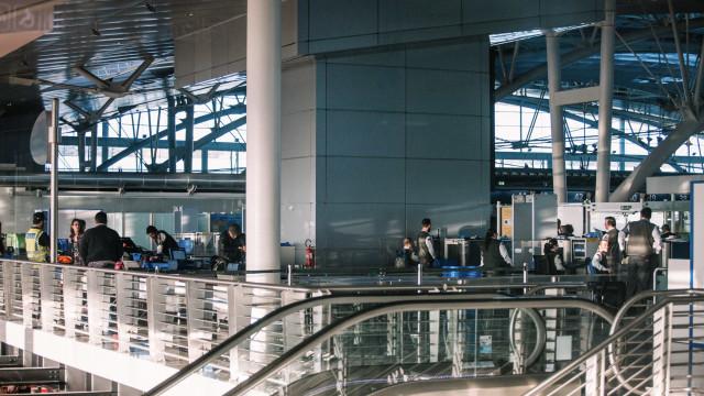 Detido no aeroporto do Porto homem com seis munições na bagagem de porão