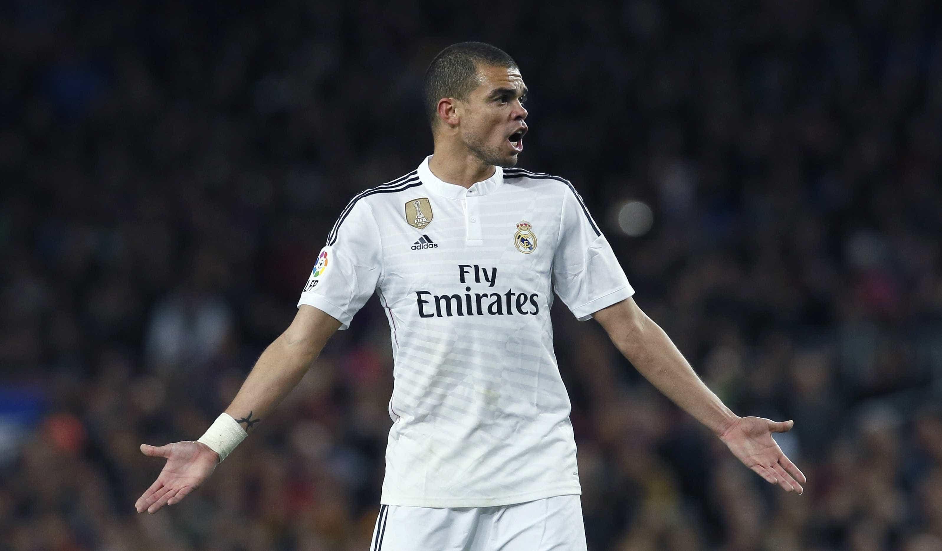 "Real Madrid procura central: ""Pepe matou o monstro, e ele agora voltou"""