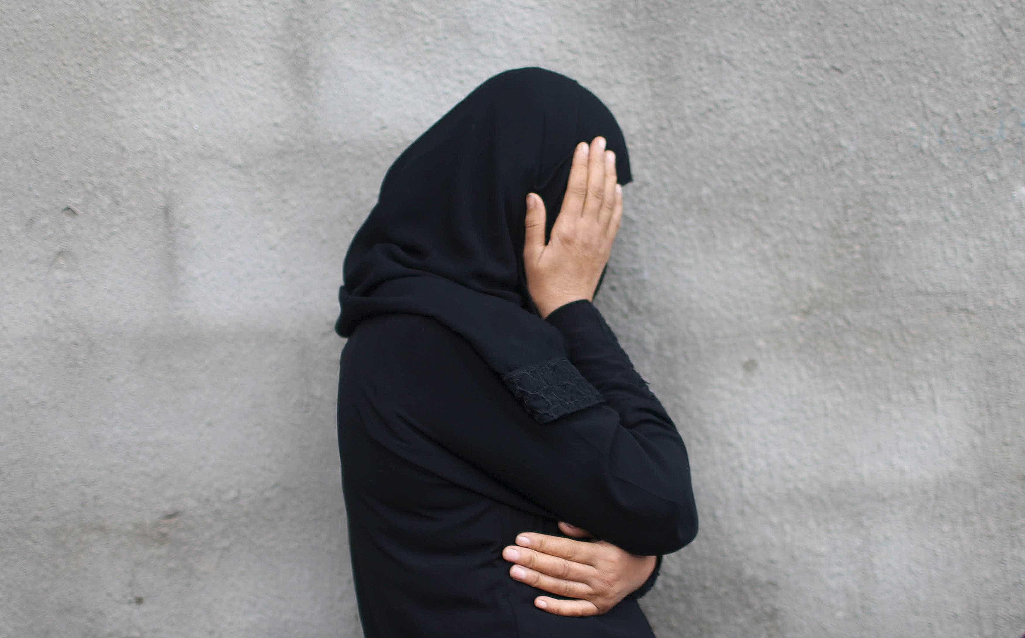 Portuguesa casada com jihadista acusa Governo de lhe virar as costas
