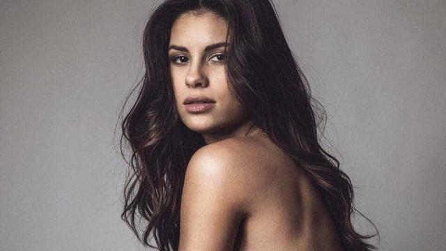 Carolina Loureiro arranca suspiros com foto onde surge nua entre lençóis