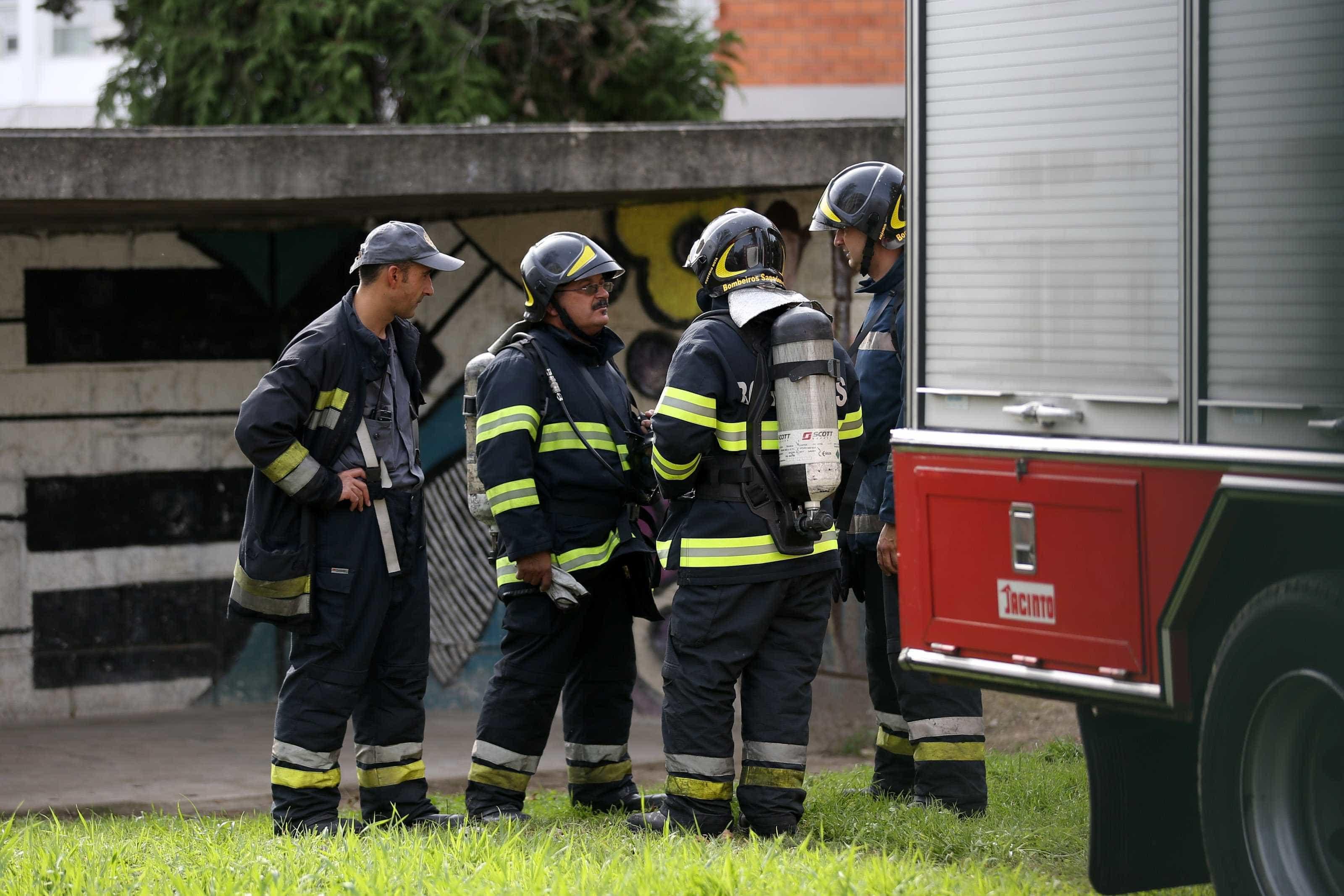 Incêndio em garagem obriga a evacuar Hotel Pestana Viking no Algarve