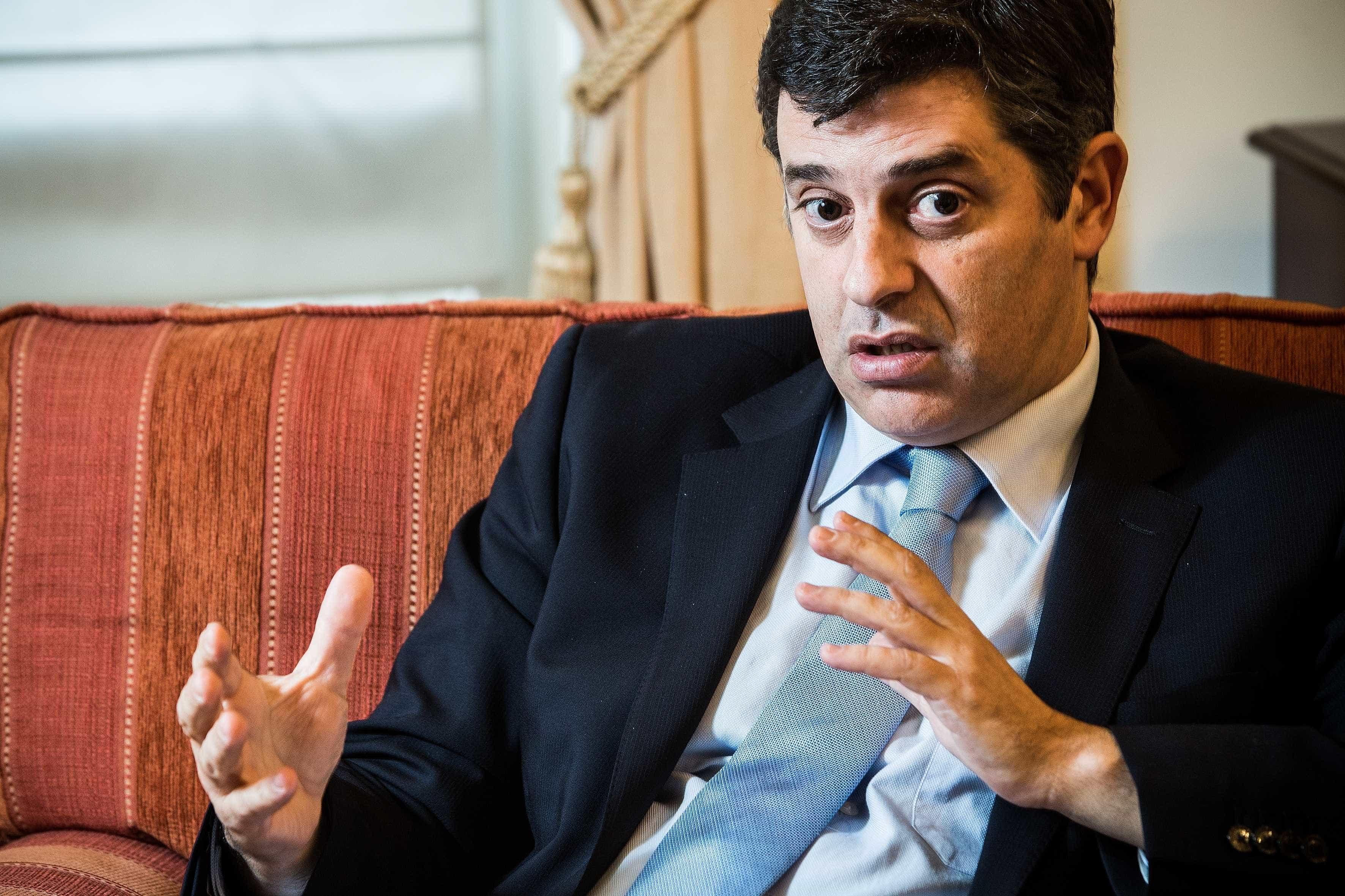 Ministro ouvido na sexta-feira sobre escolha de deputado do PS para ERSE