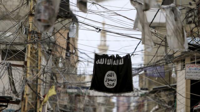 Exôdo no último reduto do grupo Estado Islâmico no leste da Síria