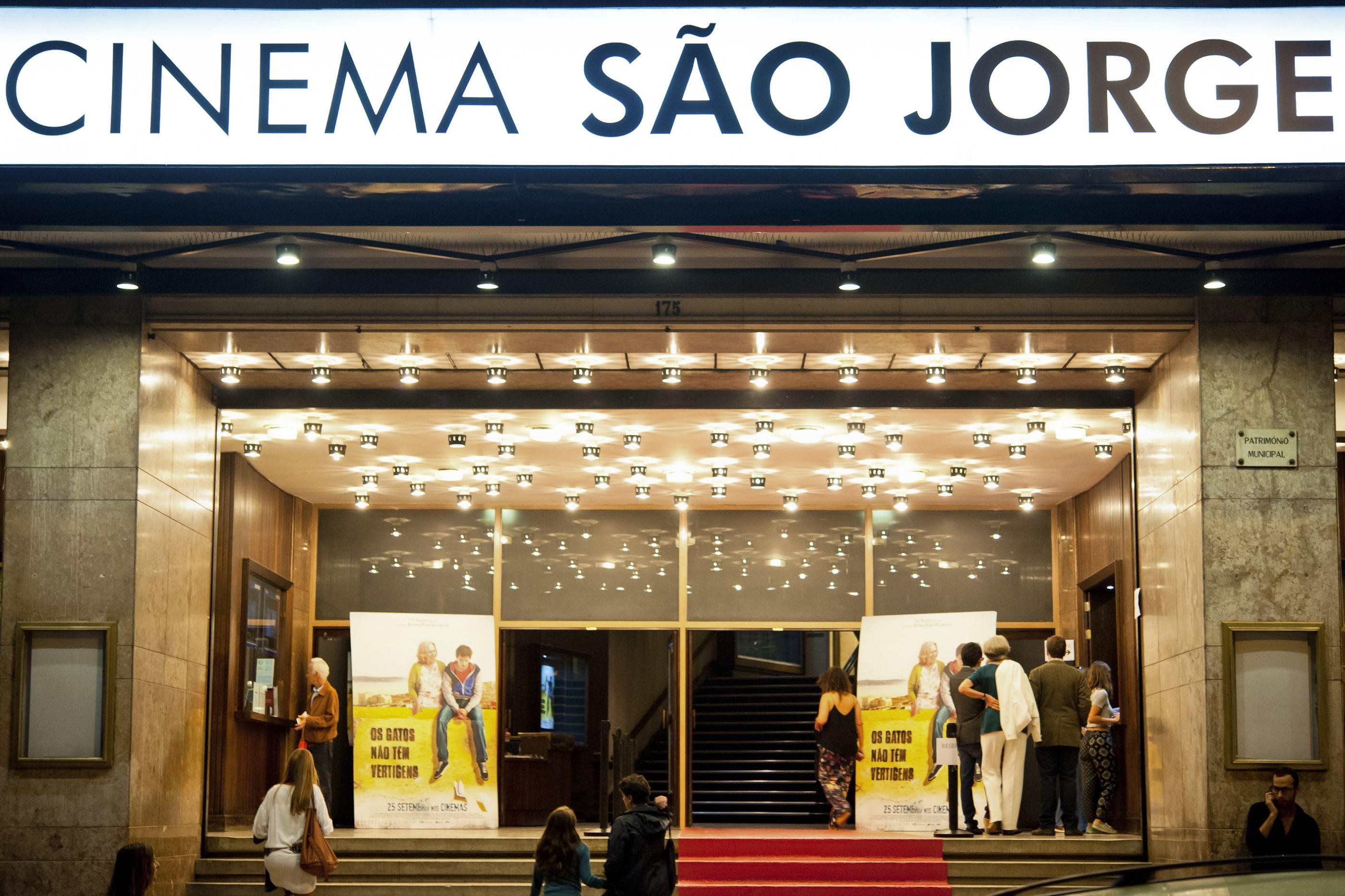 Teatro do Vestido conta repôr peça 'Elas estiveram lá' no Cinema S. Jorge