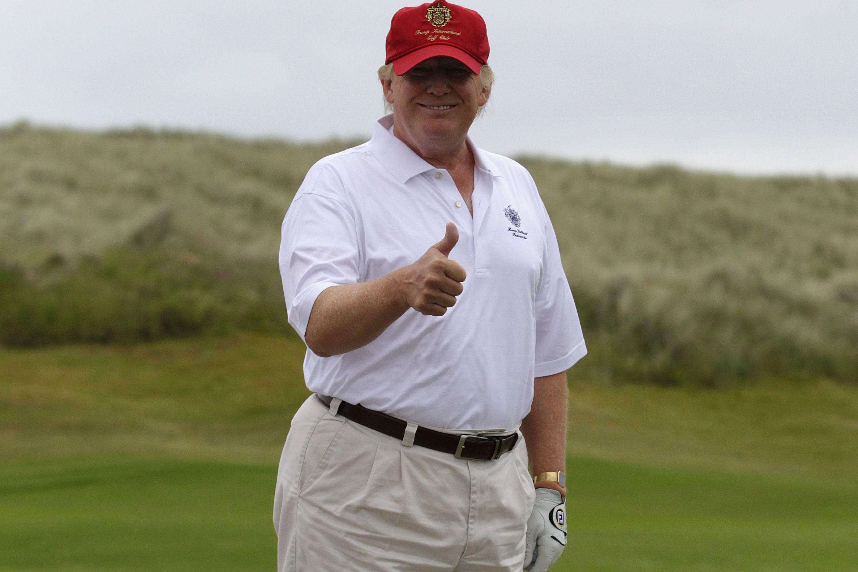 """Casa Branca: Democratas """"nunca"""" verão declarações de impostos de Trump"""