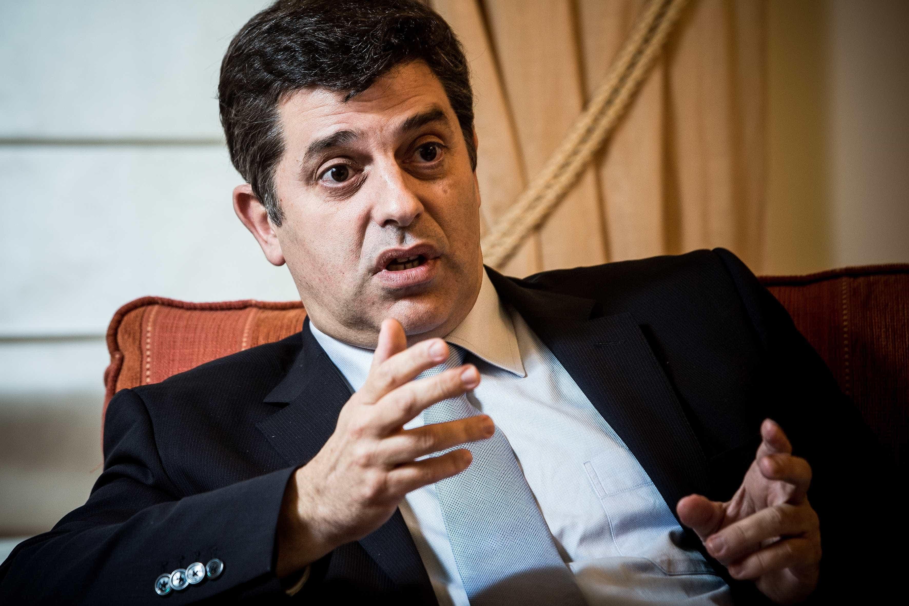 Ex-ministro acusa CDS de servir as grandes empresas