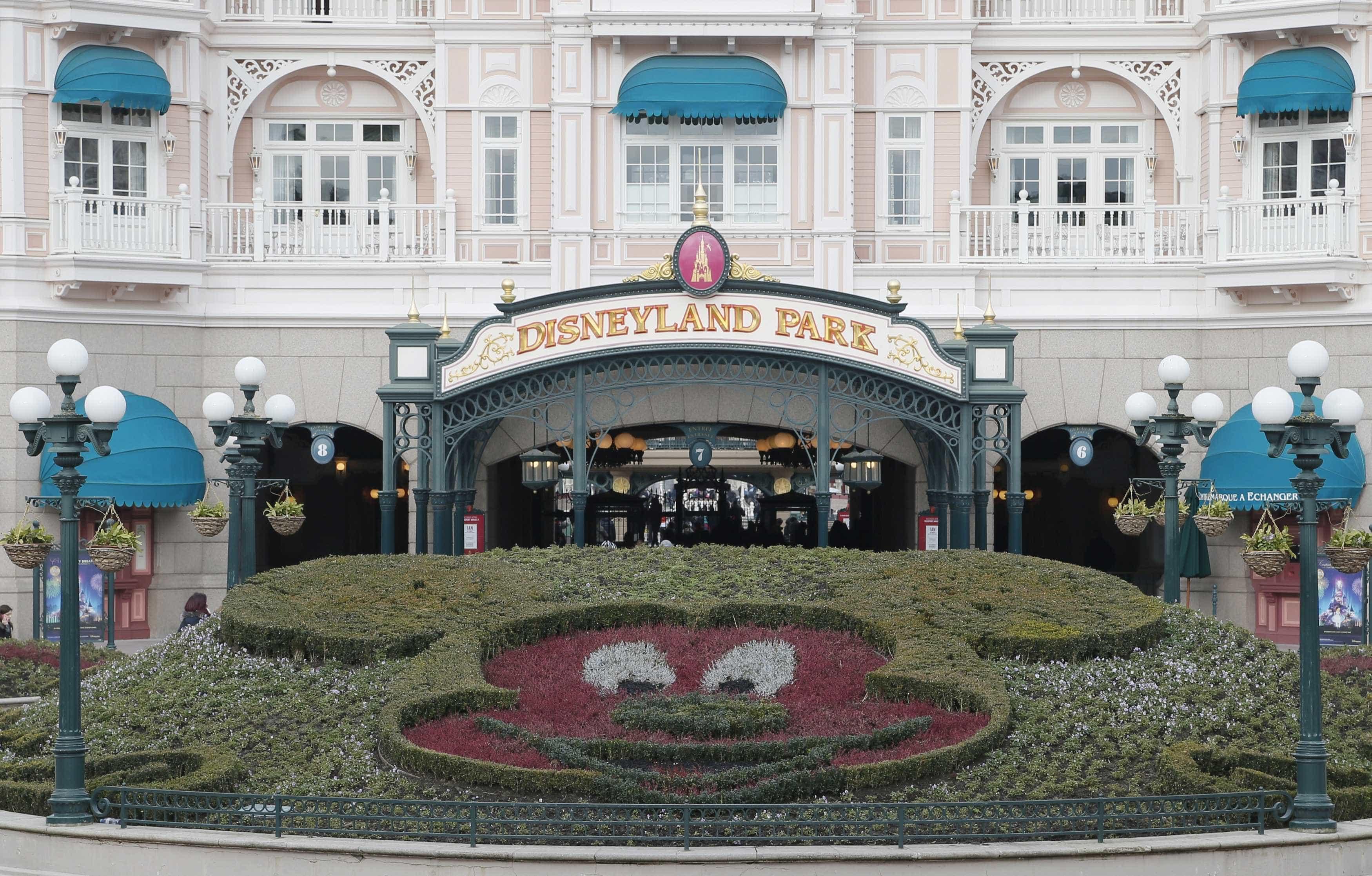 Falso alarme provoca movimento de pânico na Disneylândia de Paris