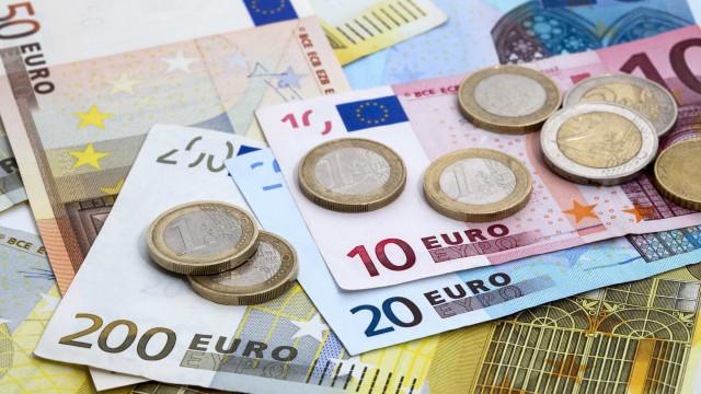Crédito automóvel 'travou' empréstimos em setembro