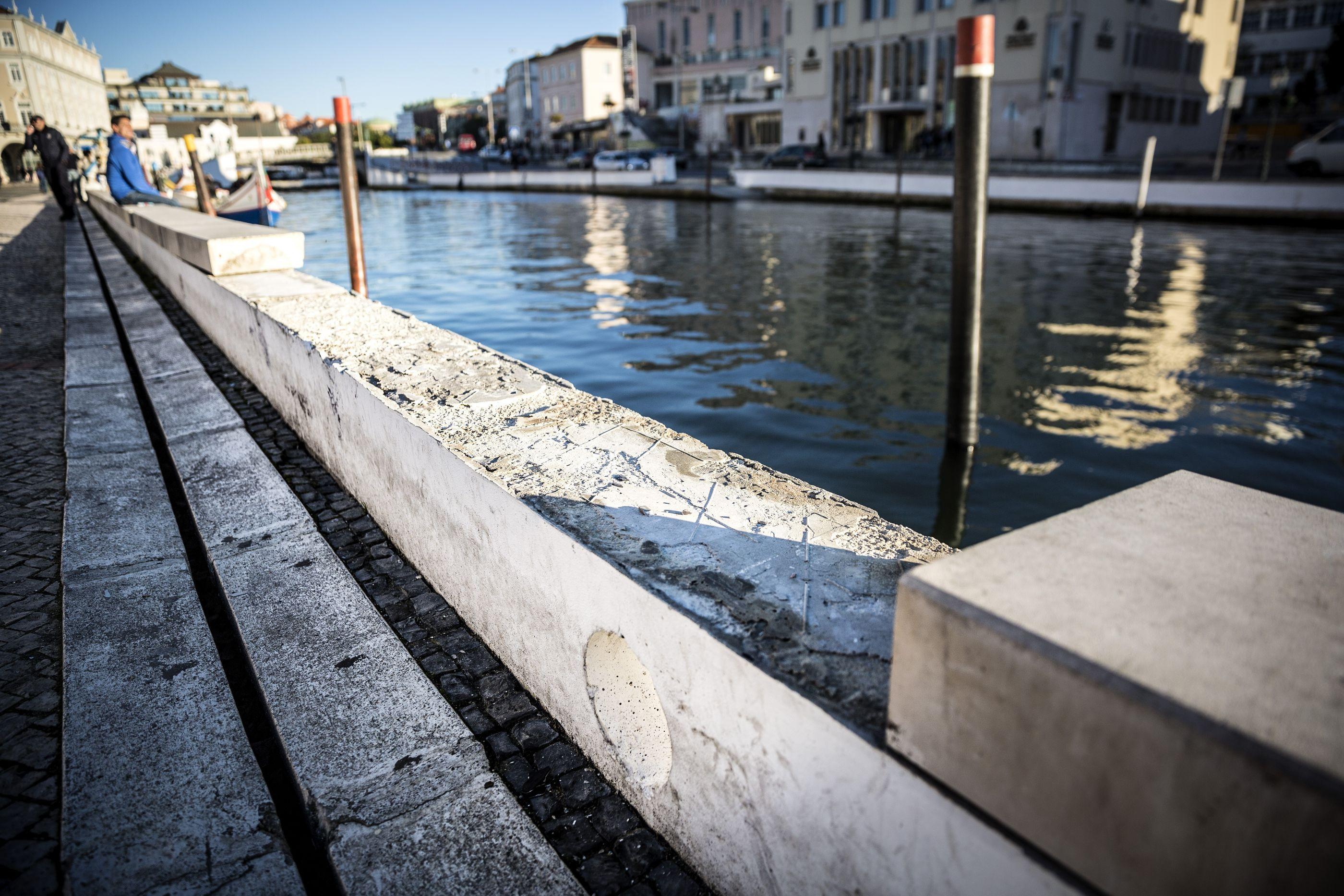 GNR identifica empresa por descarga de resíduos na ria de Aveiro