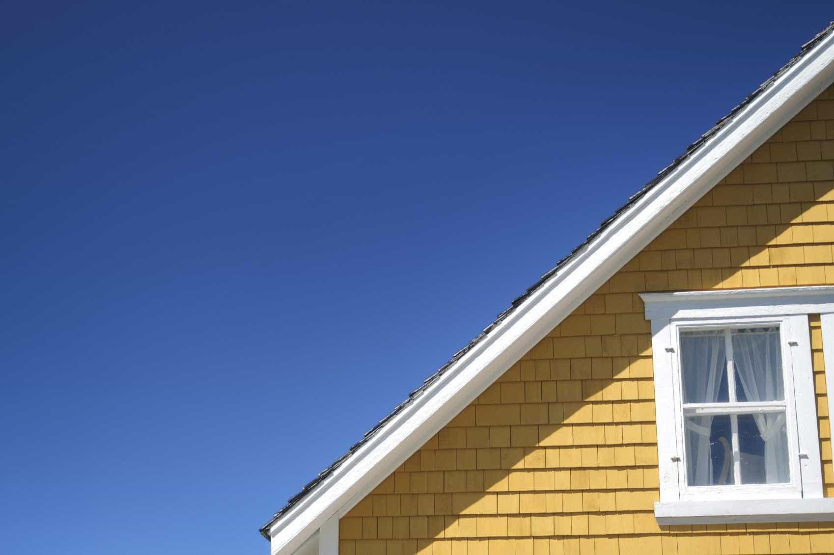 Governo dos Açores cria mecanismo para aquisição dos solos onde há casas