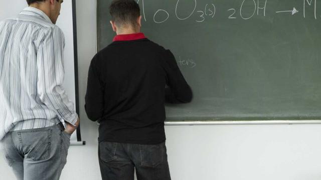 Professores podem adotar modelo de recuperação de carreiras especiais