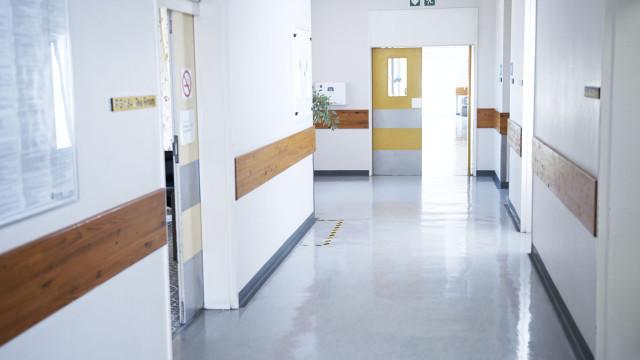 Relatório criado pelo Governo deteta limpeza de doentes de listas