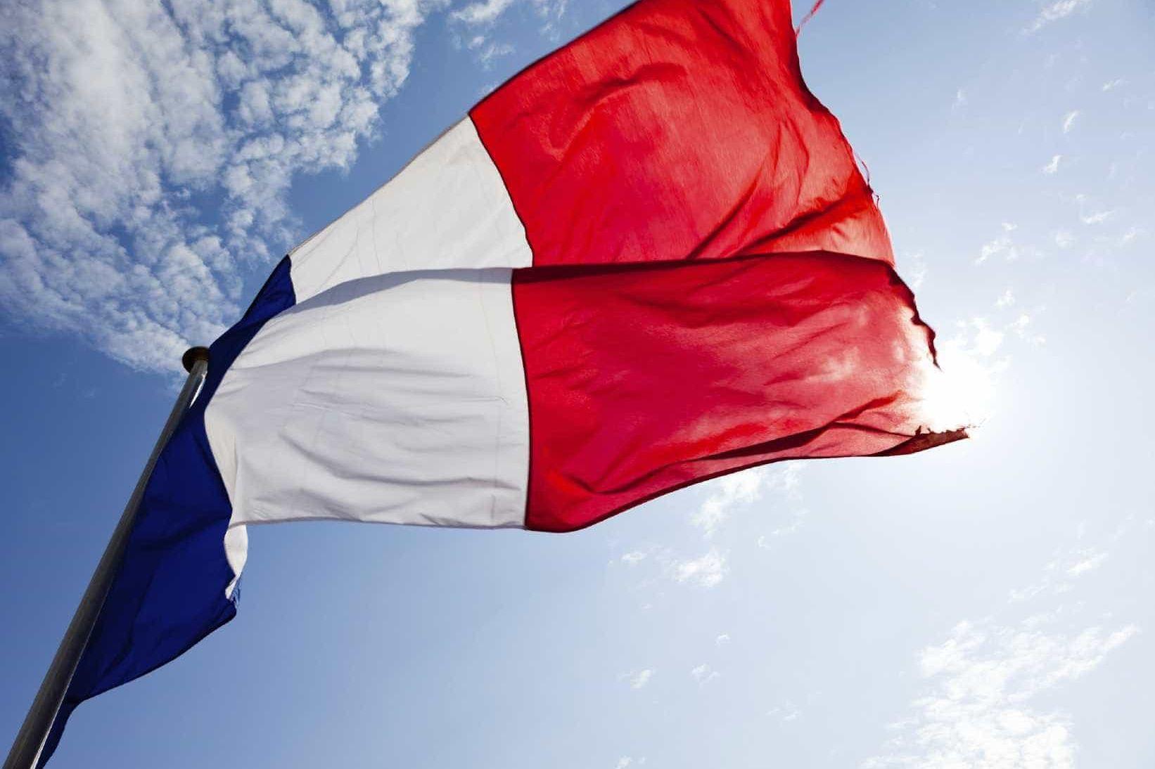 Milhares manifestam-se em França para exigir mais poder de compra