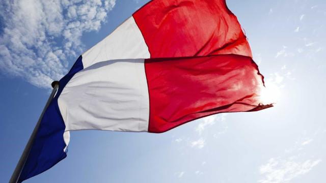 Paris refuta acusações de Tripoli de apoiar o marechal Khalifa Haftar