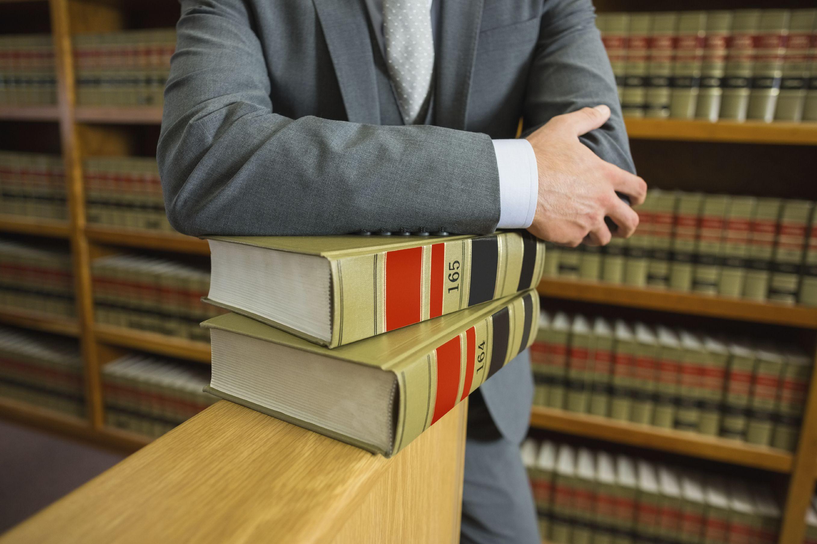 PS quer dar licença de parentalidade e doença grave a advogados