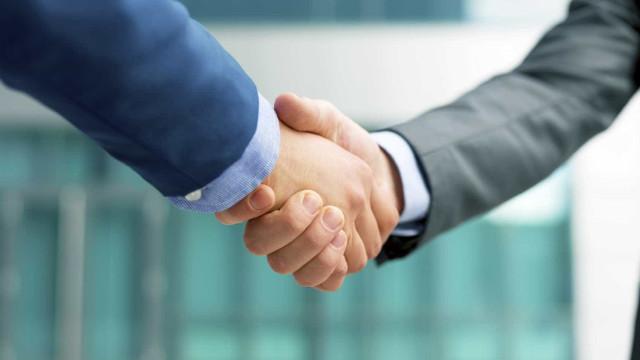 Governo eAPSlançam concurso para soluções de poupança e financiamento