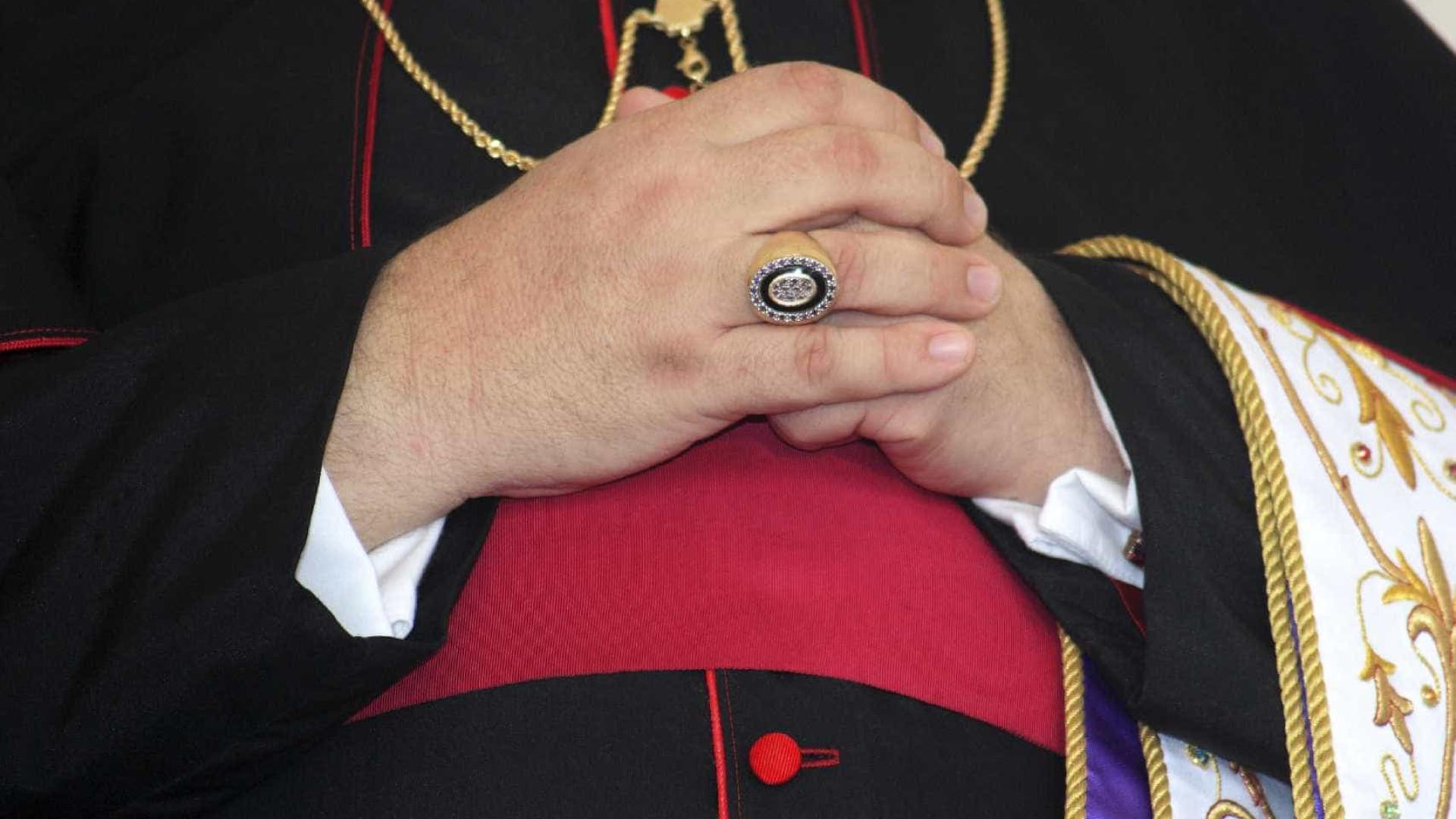 """Eutanásia.""""Cultura necrófila sobrepôs-se à defesa da vida"""", diz bispo"""