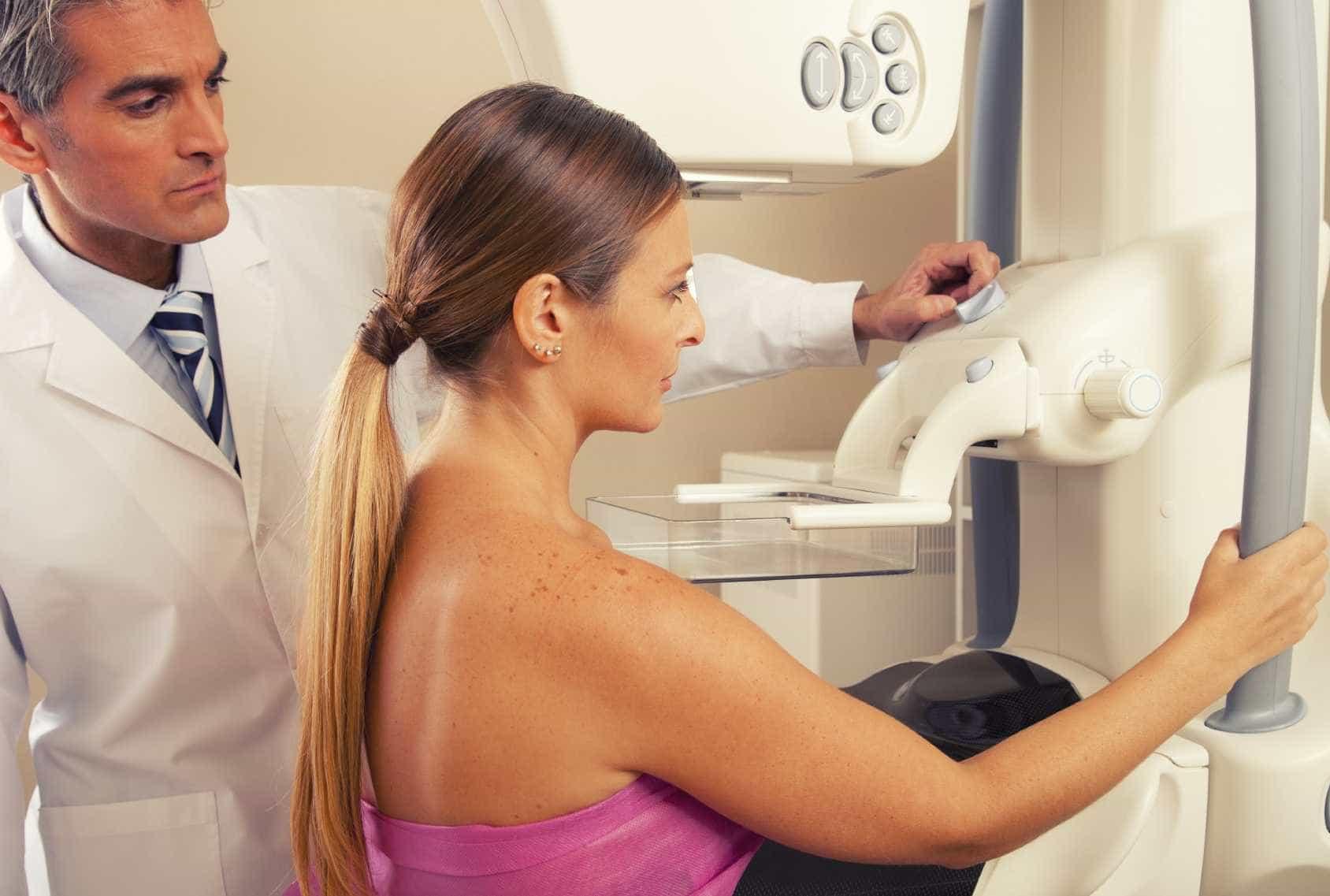 Liga do hospital de Viana quer juntar 100 mil euros para novo mamógrafo