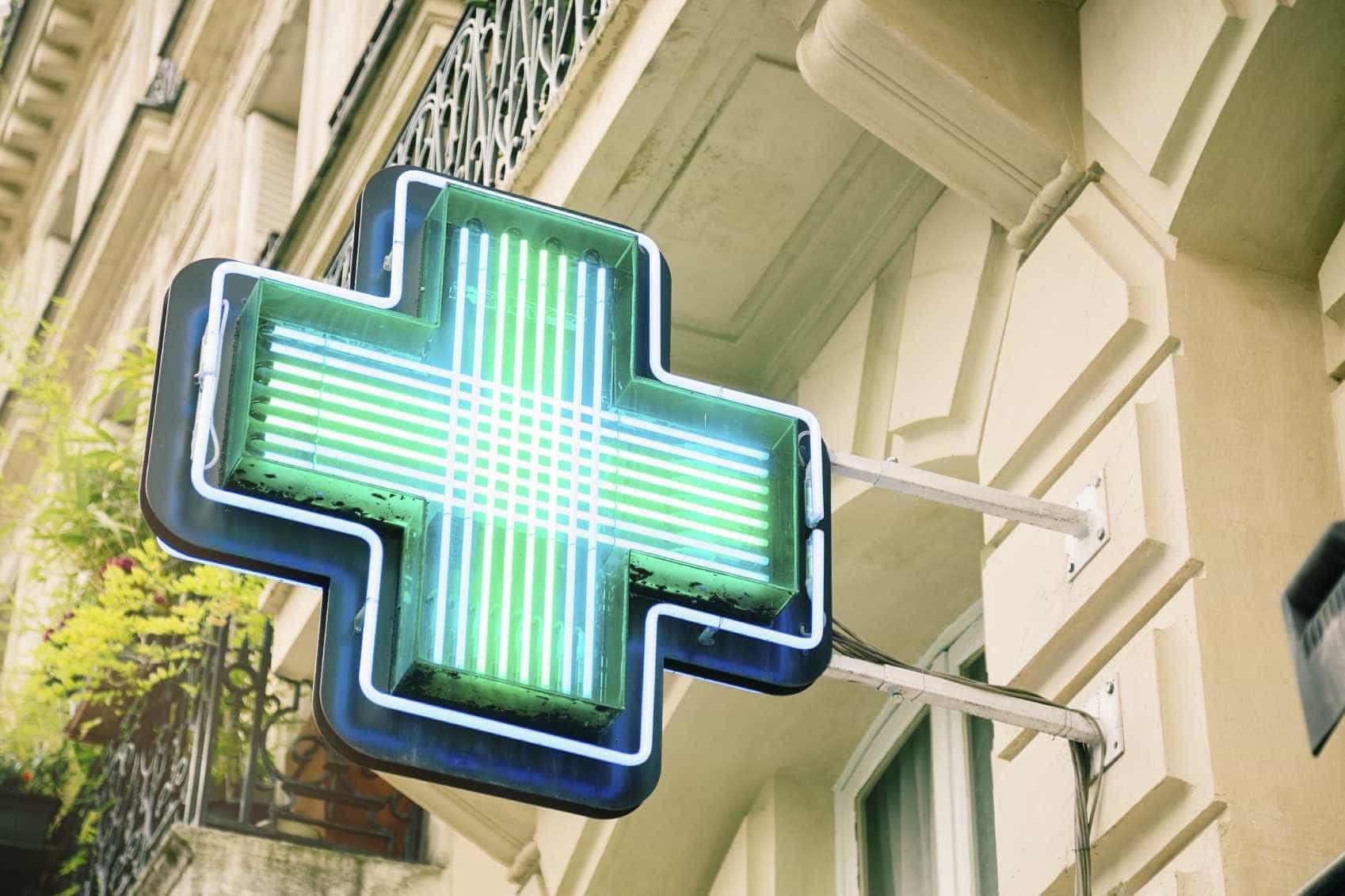 Distribuidores de farmácias querem ser incluídos na lista de prioritários