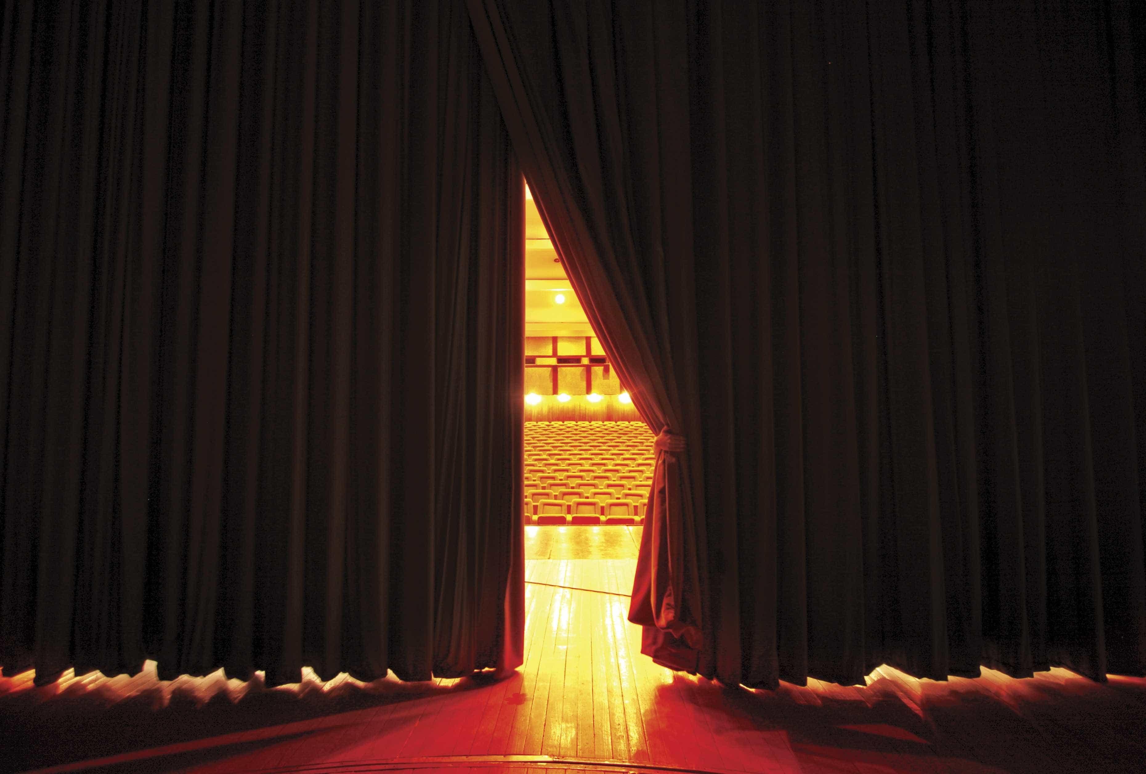 """Dia Mundial do Teatro com preços """"simbólicos"""" para ajudar Moçambique"""