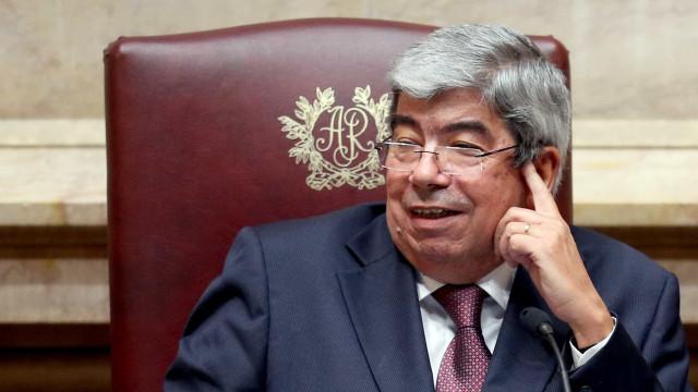 """Se as presidenciais """"fossem amanhã"""", Ferro Rodrigues votaria em Marcelo"""