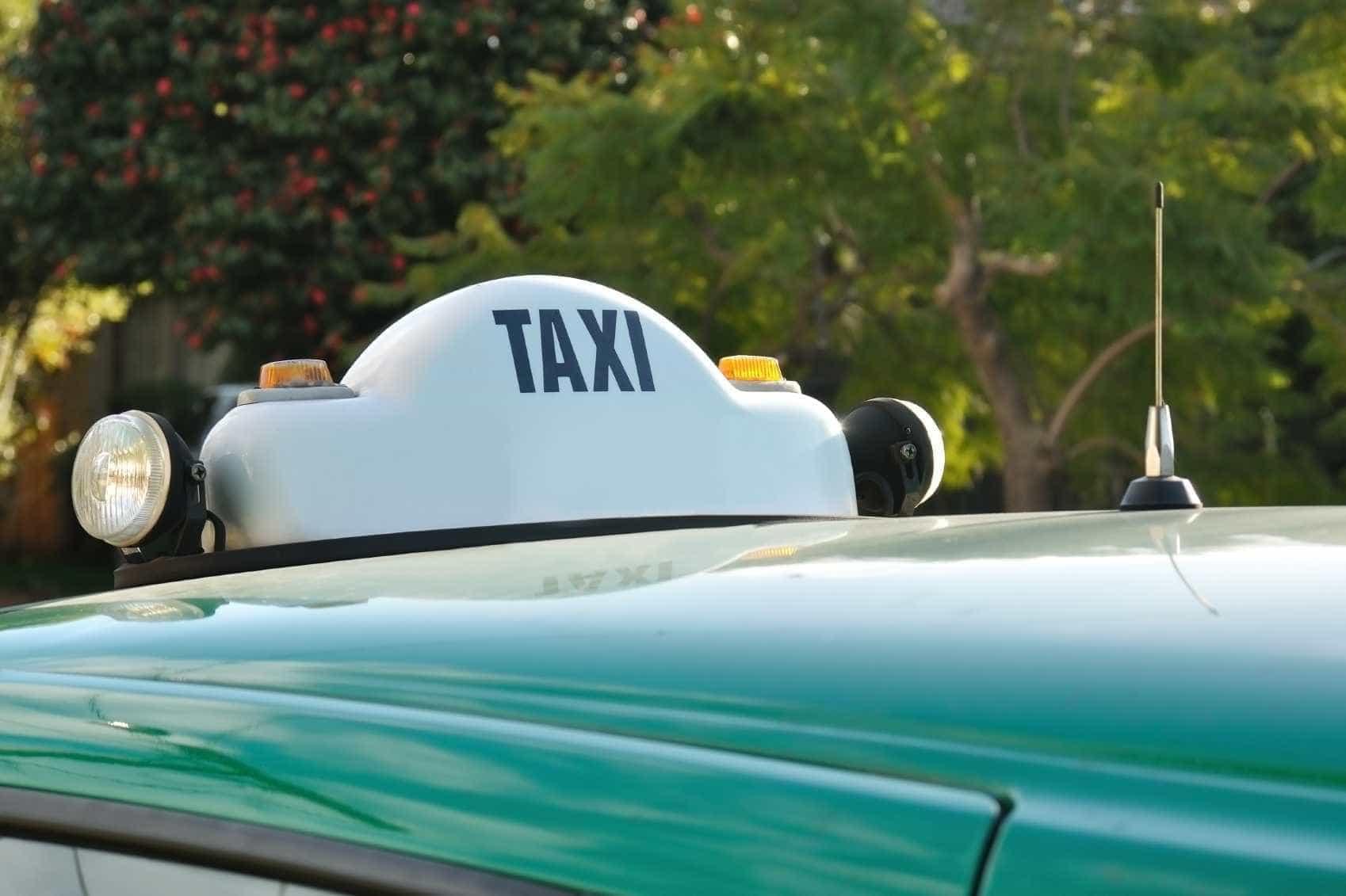 Taxista detido por cobrar 80 cêntimos a mais a cliente