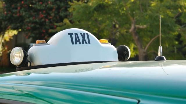 Três motoristas de táxi detidos em Lisboa pelo crime de especulação