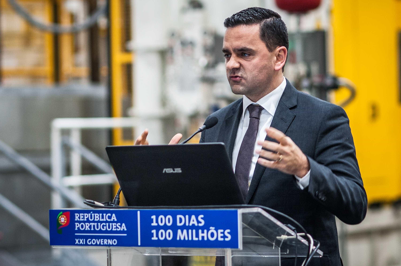 """""""Temos 315 quilómetros de ferrovia em execução"""", diz ministro"""