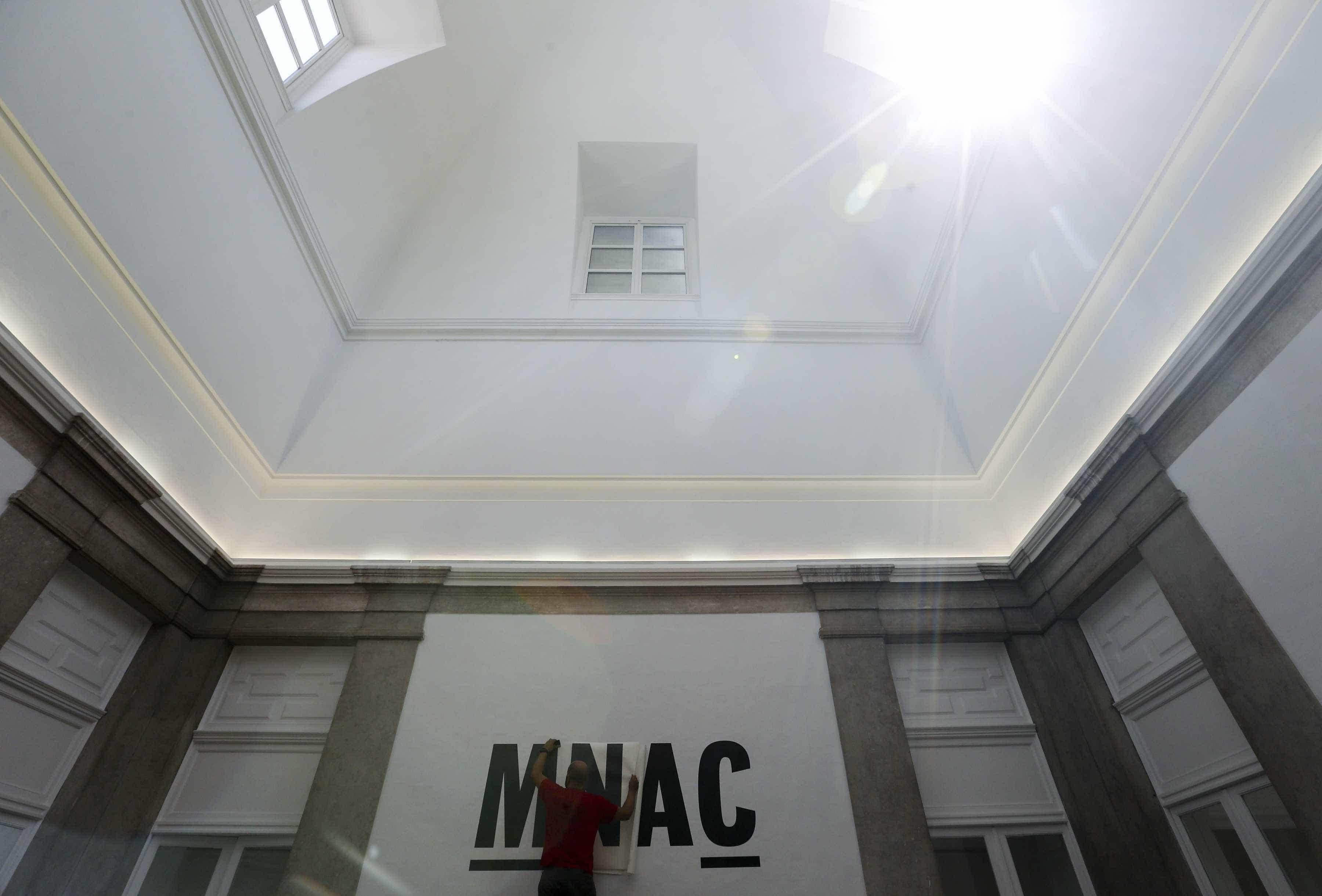 Livro como objeto e produtor de cultura é exposição no Museu do Chiado