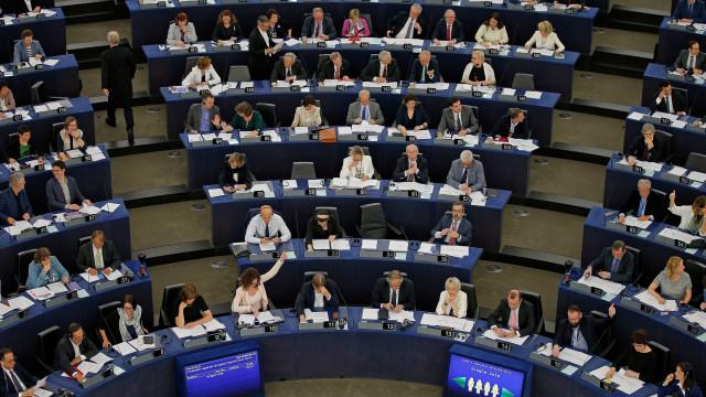 """Europeias: """"Quem nos representa não faz o trabalho de casa"""""""