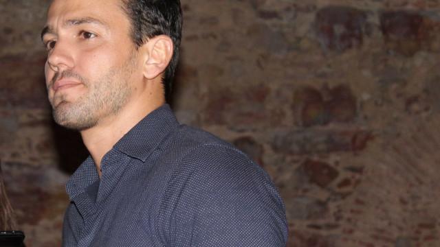 Pedro Teixeira recebe visita especial nos estúdios